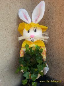 un lapin vous accueille chez Nanie