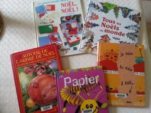 un peu de lecture parmi les livres empruntés à la médiathèque... :-)